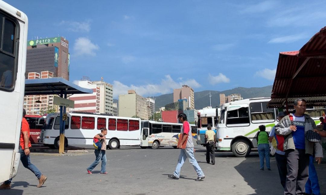 Terminales de pasajeros en Maracay reinician sus operaciones en este horario