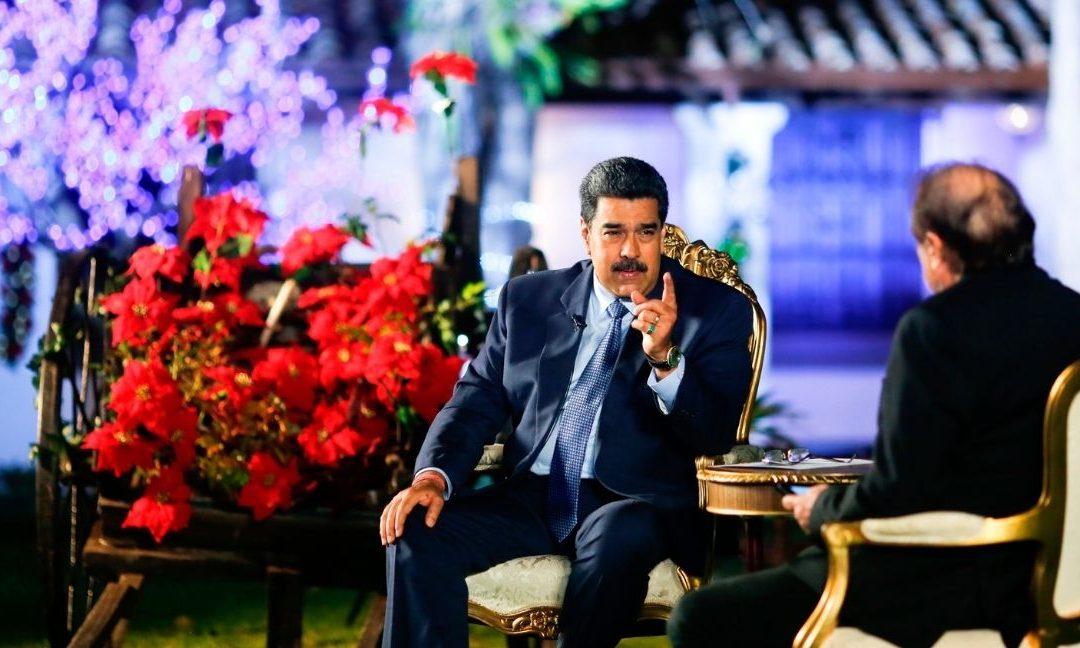 """Maduro revela una propuesta de clases con una """"modalidad parcial presencial"""""""