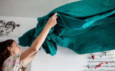 Tirar de la manta