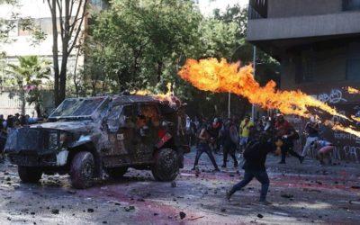 Chile: ¡construir un país cuesta, destruirlo es fácil!